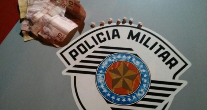 ADOLESCENTE É APREENDIDO COM PEDRAS DE CRACK NA VILA MARCANTE