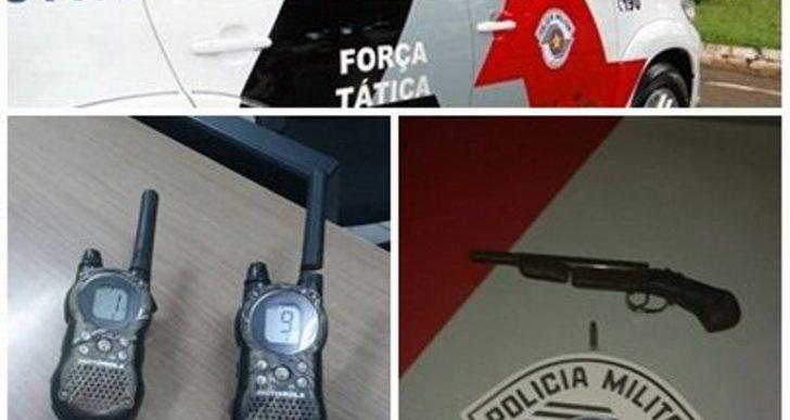 FORÇA TÁTICA APREENDE INDIVIDUO COM ARMA NO DISTRITO DE IRAPÉ