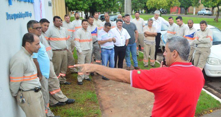 TRABALHADORES DA CPFL SANTA CRUZ REJEITAM PROPOSTA E MARCAM GREVE PARA 01 DE FEVEREIRO.