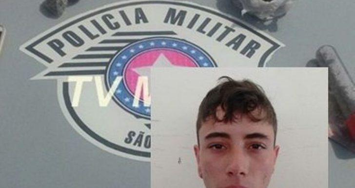 POLÍCIA MILITAR PRENDE DOIS NO TRÁFICO DE DROGAS NA PRAÇA DOS EUCALIPTOS DA COHAB EM OURINHOS.