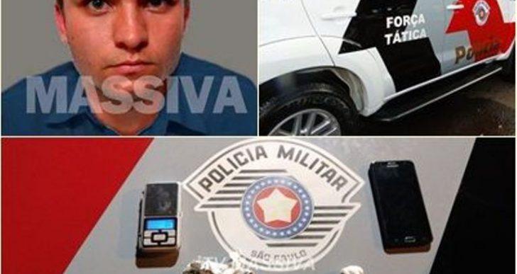 FORÇA TÁTICA PRENDE INDIVÍDUO NO TRÁFICO DE DROGAS PELO JARDIM SÃO CARLOS EM OURINHOS.