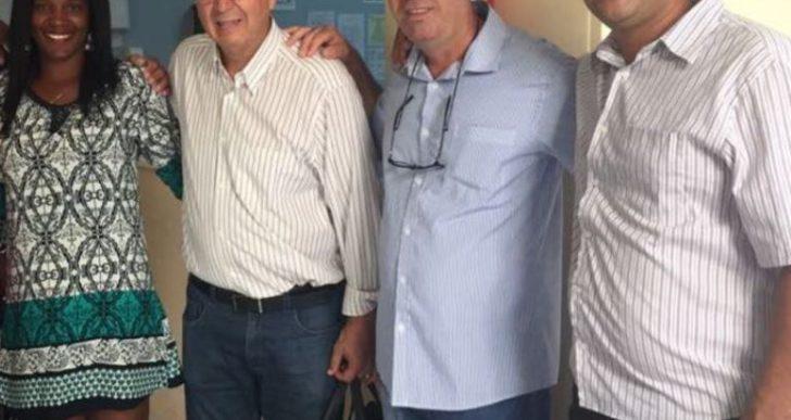 VICE-PREFEITO DOUGLAS GÁS MARCA PRESENÇA EM CIRURGIAS REALIZADAS PELO DEP. FEDERAL Dr. SINVAL MALHEIROS