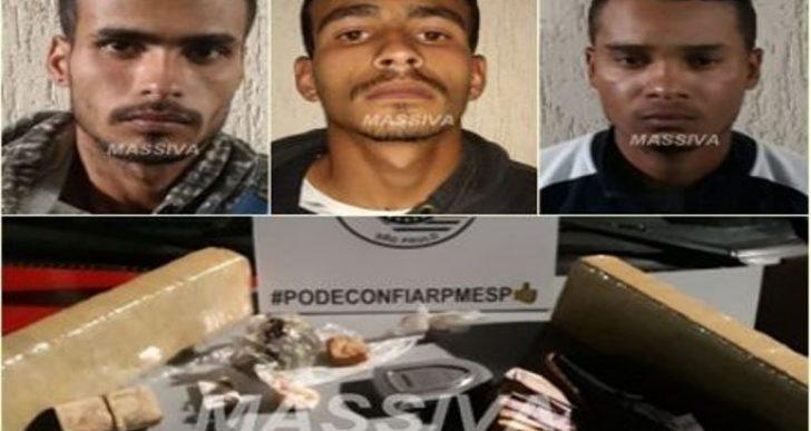 POLÍCIA MILITAR ESTOURA MOCÓ E TRÊS SÃO PRESOS NO TRÁFICO DE DROGAS EM CANITAR.