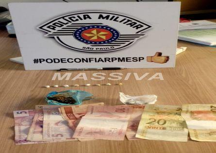 POLÍCIA MILITAR APREENDE MENOR COM DROGAS NA VILA SÃO LUIZ.