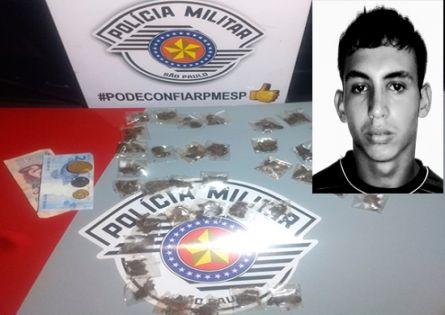 POLÍCIA MILITAR PRENDE INDIVÍDUO TRAFICANDO DROGAS NA PRAÇA DA ESCOLA RACANELLO.