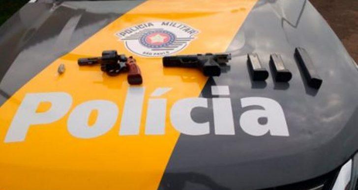 EQUIPE TOR PRENDE PASSAGEIRO DE ÔNIBUS COM DUAS ARMAS NA RODOVIA ORLANDO QUAGLIATO EM OURINHOS.