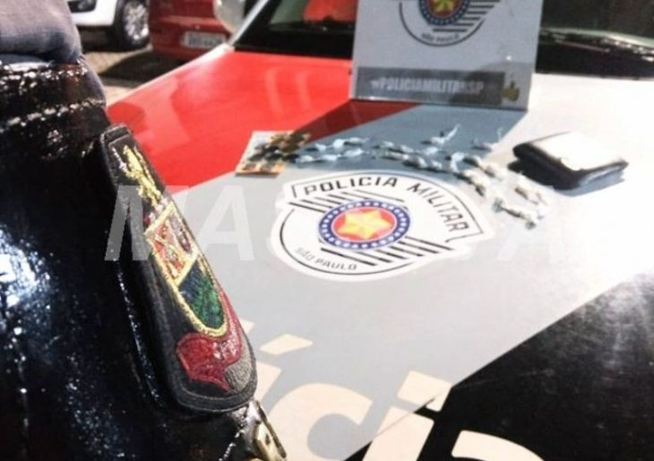 FORÇA TÁTICA APREENDE ADOLESCENTE COM COCAÍNA NA ENTRADA DA FESTA DE PEÃO DE RIBEIRÃO DO SUL.