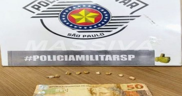 POLÍCIA MILITAR APREENDE DOIS ADOLESCENTES NO TRÁFICO DE DROGAS NA VILA MARCANTE