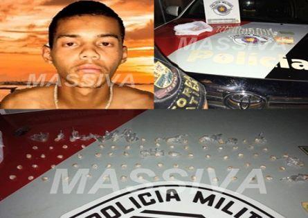 FORÇA TÁTICA ESTOURA MAIS UMA BIQUEIRA E UM INDIVÍDUO É PRESO NA VILA BRASIL.