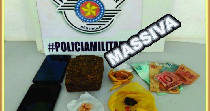 """POLÍCIA MILITAR DE IPAUSSU APREENDE MACONHA, CRACK, COCAÍNA E """"COLOCA"""" DOIS INDIVÍDUOS ATRÁS DAS GRADES"""