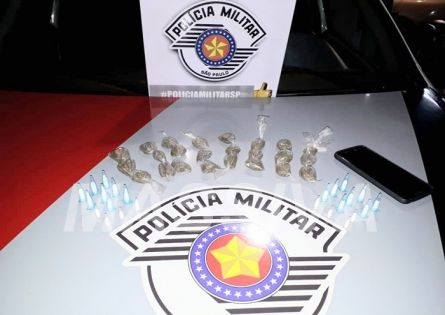 POLÍCIA MILITAR APREENDE MENOR NO TRÁFICO DE DROGAS EM CANITAR.