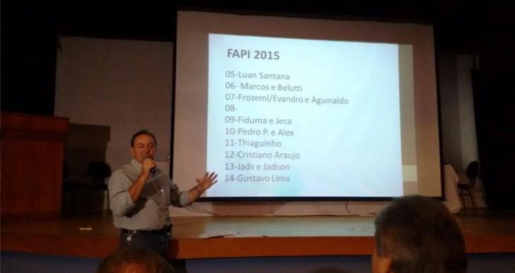 CONFIRA  A GRADE DE SHOWS DA 49ª FAPI DE 2015.