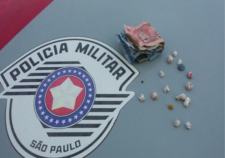 MENOR É APREENDIDO NO TRÁFICO DE DROGAS NO JD ITAJUBI EM OURINHOS