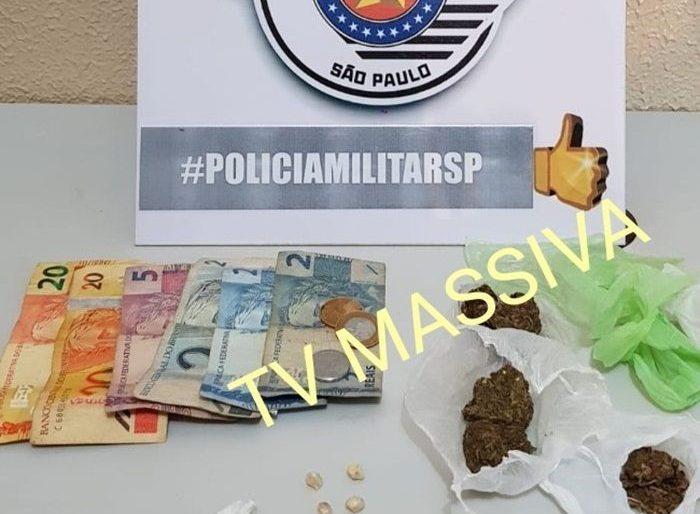 POLÍCIA MILITAR PRENDE INDIVÍDUO NO TRÁFICO DE DROGAS EM CANITAR.