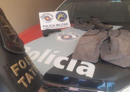FORÇA TÁTICA PRENDE MORADOR NO BAIRRO ITAIPAVA E ELUCIDA ROUBO DE MERCADO.
