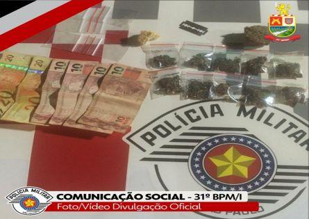 POLÍCIA MILITAR PRENDE INDIVÍDUO NO TRÁFICO DE DROGAS EM SALTO GRANDE.