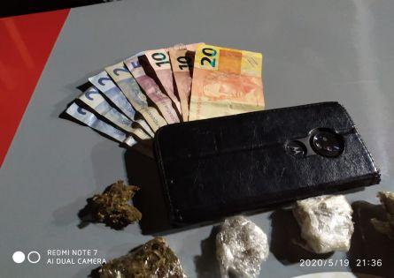 POLÍCIA MILITAR PRENDE INDIVÍDUO NO TRÁFICO DE DROGAS NA VILA MUSA.