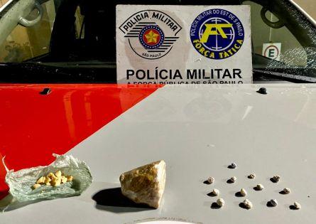 FORÇA TÁTICA PRENDE INDIVÍDUO NO TRÁFICO DE DROGAS NA VILA MUSA.
