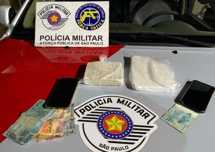 FORÇA TÁTICA PRENDE DOIS E APREENDEM COCAÍNA PRODUZIDA EM OURINHOS.
