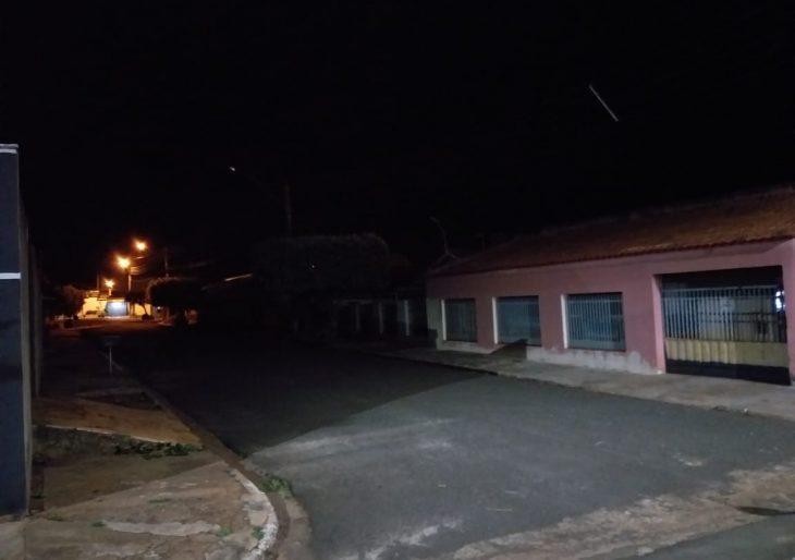FALTA DE ILUMINAÇÃO PÚBLICA INCOMODA MORADORES DO BAIRRO NOSSO TETO EM CHAVANTES